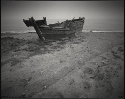 青春,在破船里沉浮 配乐:悲伤的回忆 作者:辰宇天空