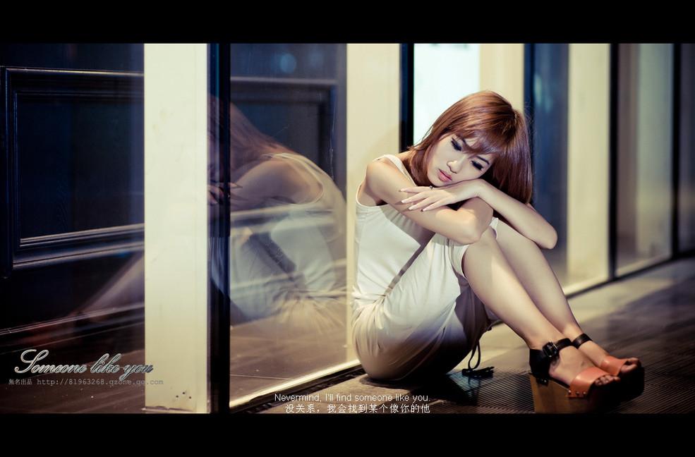 【人物】伤感人物素材《爱是如此伤人》