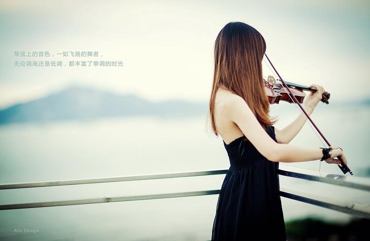【人物】伤感小提琴美女素材《弦音》