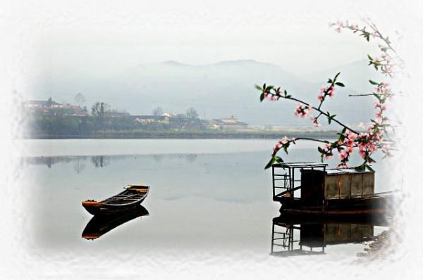 古风手绘风景桃花图片